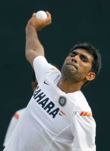 Munaf Patel bowls in the nets during Friday's practice