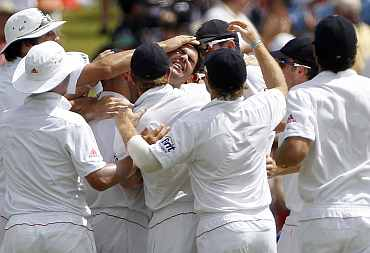 James Anderson celebrates after picking up Brad Haddin during the seond Ashes Test