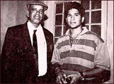 Ramakant Achrekar with Sachin Tendulkar