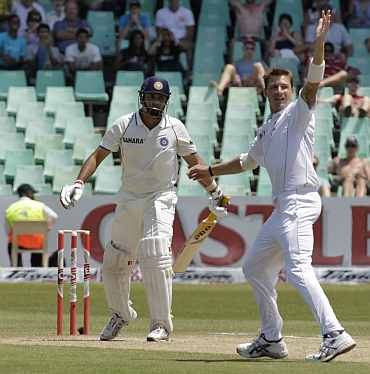 South Africa's Dale Steyn celebrates after picking up India's VVS Laxman duing the second Test in Durban