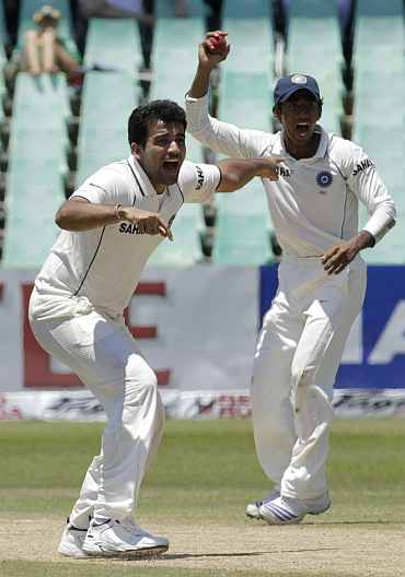 India's Zaheer Khan appeals for a South African wicket during the second Test in Durban