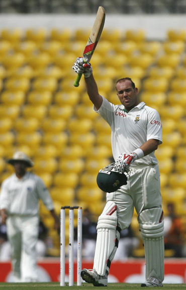 Jacques Kallis celebrates after reaching his century