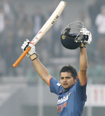 http://im.rediff.com/cricket/2010/feb/13raina.jpg