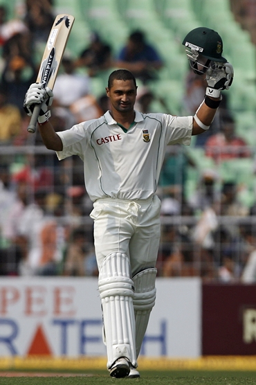 Alviro Petersen celebrates after getting to hundred