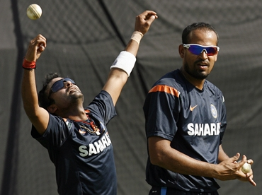 Yusuf Pathan and Amit Mishra bowl in the nets