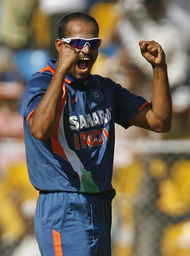 Yusuf Pathan celebrates after picking Loots Bosman