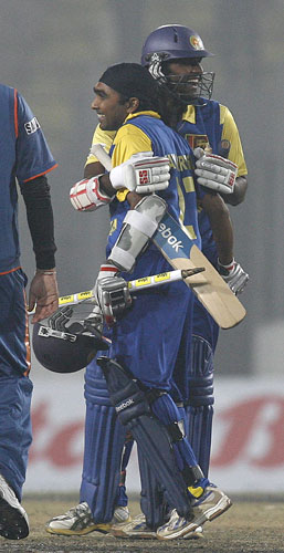 Mahela Jayawardene and Thissira Perea reacts after winning the match