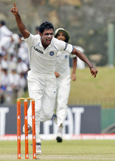 Abhimanyu Mithun reacts after picking up Thilan Samaraweera