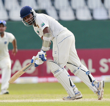 Mahela Jayawardene plays a shot