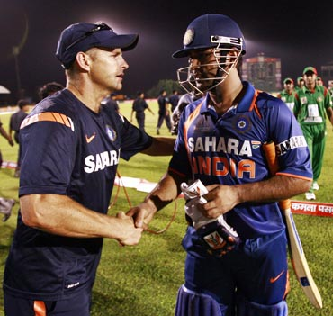 MS Dhoni alongwith Gary Kirsten