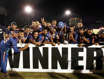 A triumphant Team India after winning the Asia Cup