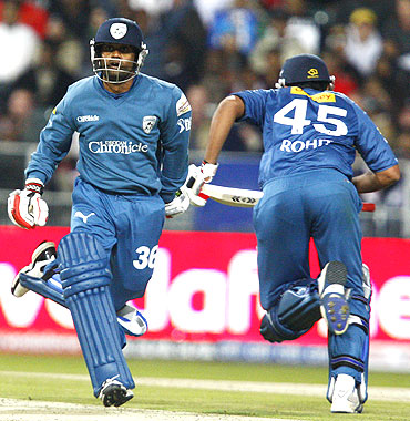 Venugopal Rao (left) and Rohit Sharma of the Deccan Chargers