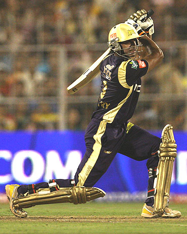Manoj Tiwary plays a classic cover drive