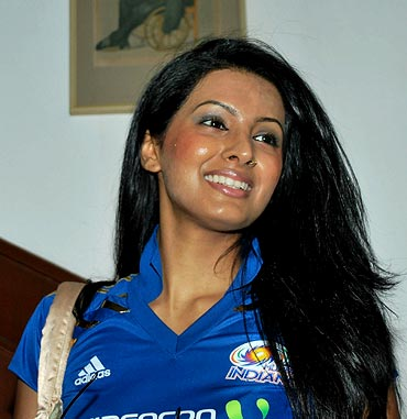 Bollywood actress Geeta Basra
