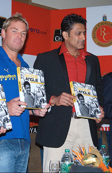 Shane Warne and Anil Kumble launch the book