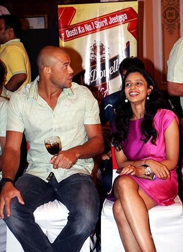 Andrew Symonds with Deccan Chargers owner Gayatri Reddy