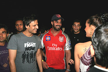 Vivek Oberoi chats with friends at the IPL party
