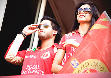 Deepika Padukone (right) and Siddharth Mallya