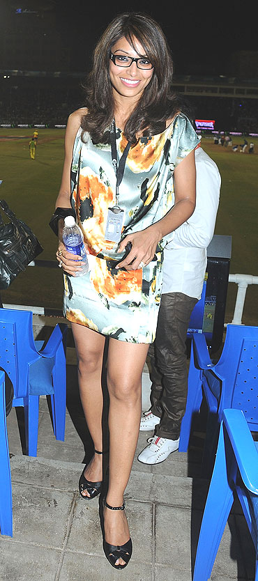 Bipasha Basu at the Brabourne stadium