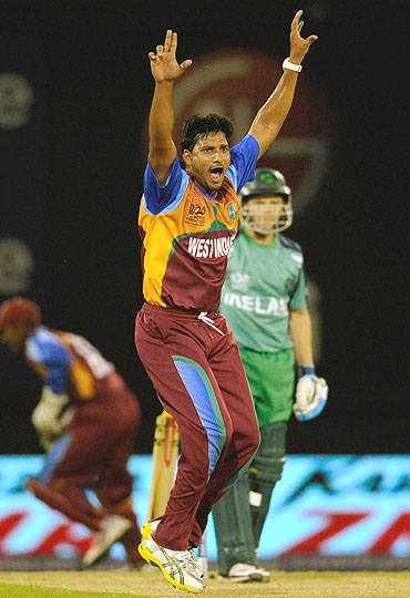 West Indies' Ravi Rampaul (left) reacts after dismissing Ireland's Niall O'Brien (right)