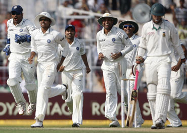 Indian team celebrates after a Test victory