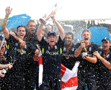 England players celebrate after winning the World T20 final