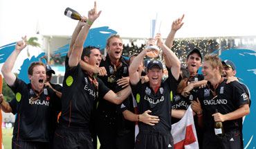 Paul Collingwood lifts the trophy after they defeated Australia in Bridgetown