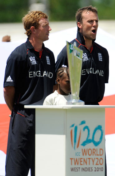 Paul Collingwood and Graeme Swann