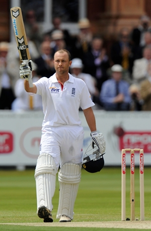 Jonathan Trott after getting to his double century