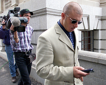 Herschelle Gibbs (right) takes a break from hearings at the King Commission of Inquiry into match-fixing allegations in June 2000