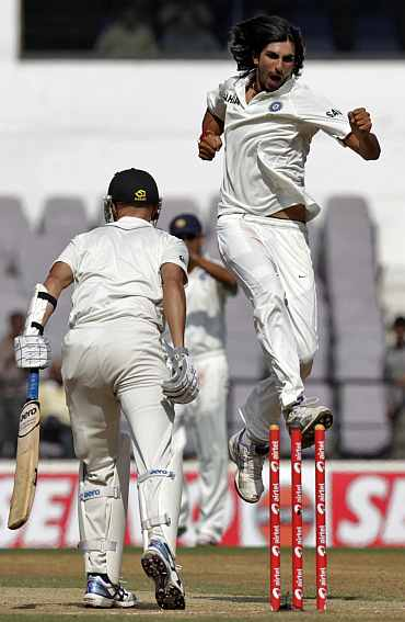 Ishant Sharma celebrates after dismissing Chirs Martin