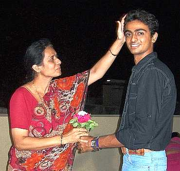 Jaydev Undakat with his mother
