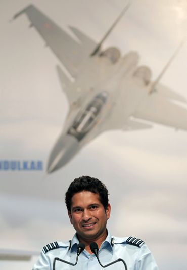 Tendulkar at the investiture ceremony