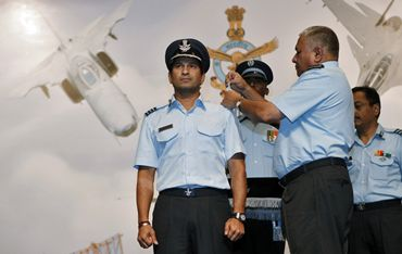 IAF chief P V Naik presents the honorary rank to Tendulkar