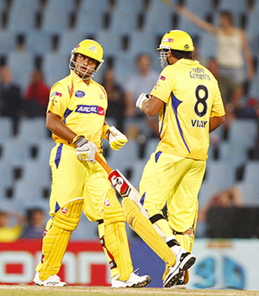 Suresh Raina (left) and M Vijay