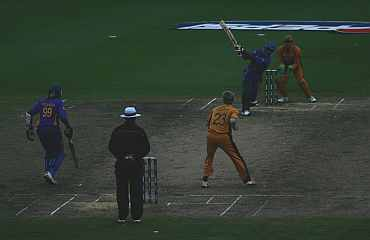 Chaminda Vaas plays a shot during the 2007 World Cup