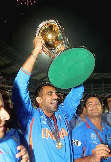 Zaheer Khan celebrates after winning the World Cup final