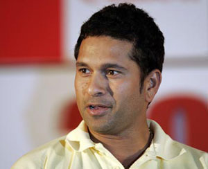 Huge sand cake for birthday boy Sachin Tendulkar