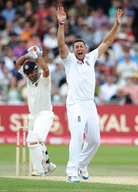Bresnan successfully appeals for lbw against Dhoni