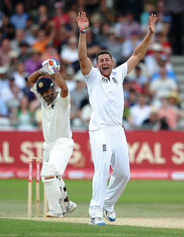 Tim Bresnan successfully appeals for the wicket of MS Dhoni
