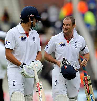 Andrew Strauss and Alastair Cook walk back to the pavillion after the days play