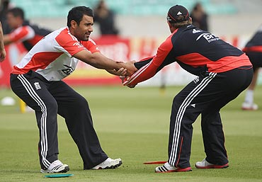 Ravi Bopara and Ian Bell warm up during the nets session