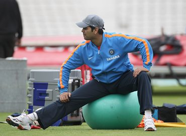 R P Singh works out during practice at The Oval