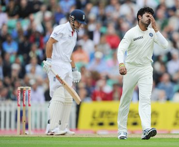 Sreesanth despairs after Alastair Cook plays and misses