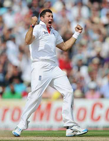 Tim Bresnan celebrates after dismissing Sachin Tendulkar