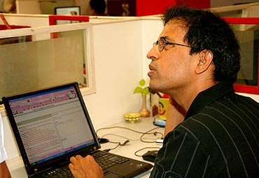 Harsha Bhogle in Rediff.com office in Mumbai during the chat