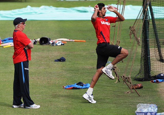 Coach Duncan Fletcher watches Ishant bowl in the nets