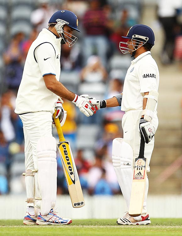 VVS Laxman congratulates Sachin Tendulkar on completing his half-century