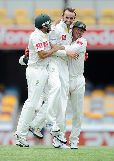 Nathan Lyon with Ricky Ponting