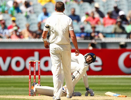 Ishant Sharma loses his balance while avoiding a bouncer from Peter Siddle